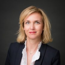 Isabelle Robert Vedie associe departement immobilier construction cabinet SIMON ASSOCIES web 217x217 - Les associés