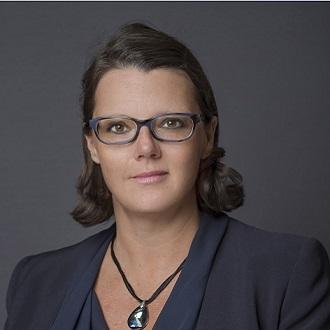Degiovanni Stéphanie, associée, cabinet d'avocats Simon Associés, International