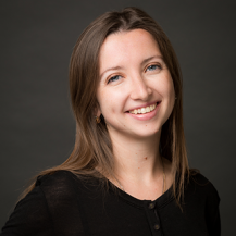 Alexandra Bouzerand avocate departement corporate simon associes version web 217x217 - Les collaborateurs