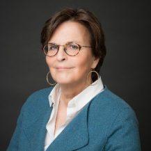 Catherine MUTELET avocat associee immobilier web 1 217x217 - Les associés