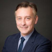 Julien PRIGENT avocat associe immobilier web 1 217x217 - Les associés
