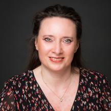 Valerie Cotrez assitante juridique simon associes version carree web 217x217 - The support team